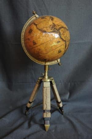 Mappamondo Wood - Antiquariato Monte - mappamondo stile antico