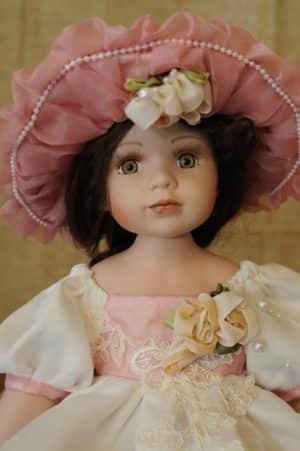 Vendita bambole in ceramica - Bambola Lucy Bambole da collezione - Bambole in porcellana