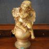 Statuetta d'angelo in Resina - Angelo Gold Ball - Statue di angeli